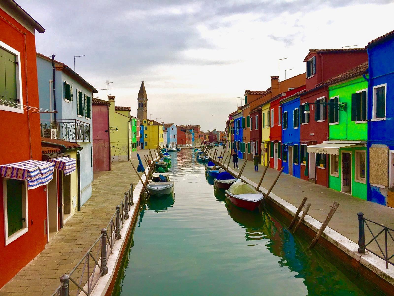 burano_island_canal_lustforthesublime