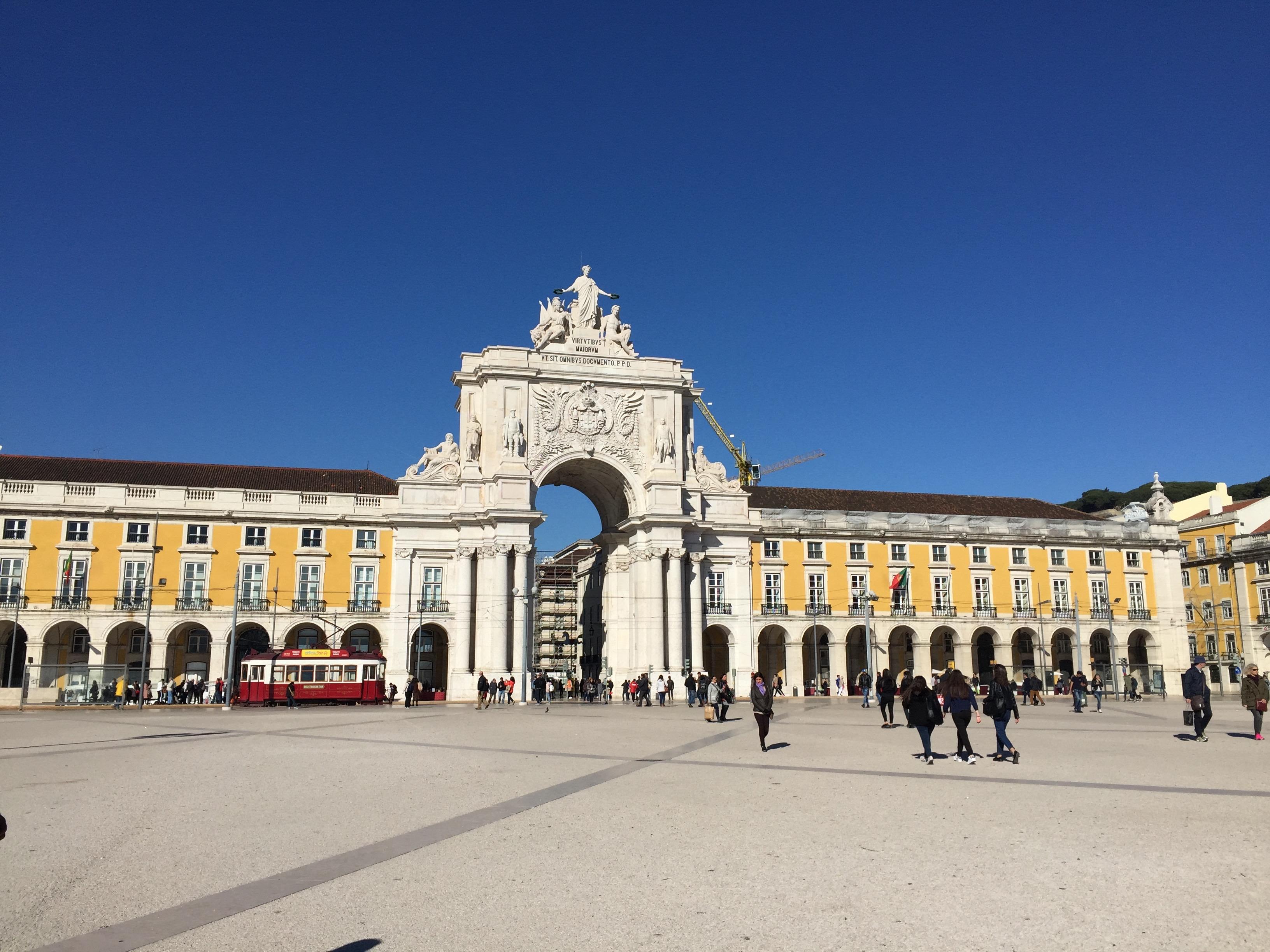 praça_do_comércio_lisbon_portugal_lustforthesublime
