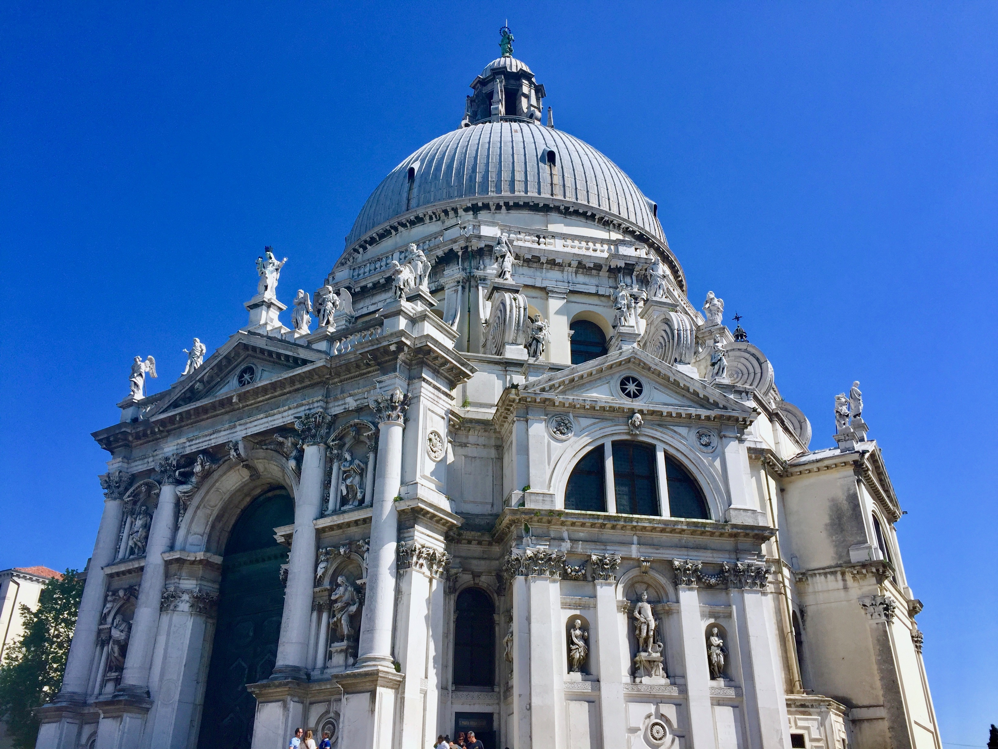 basilica_salute_venice_italy_lustforthesublime