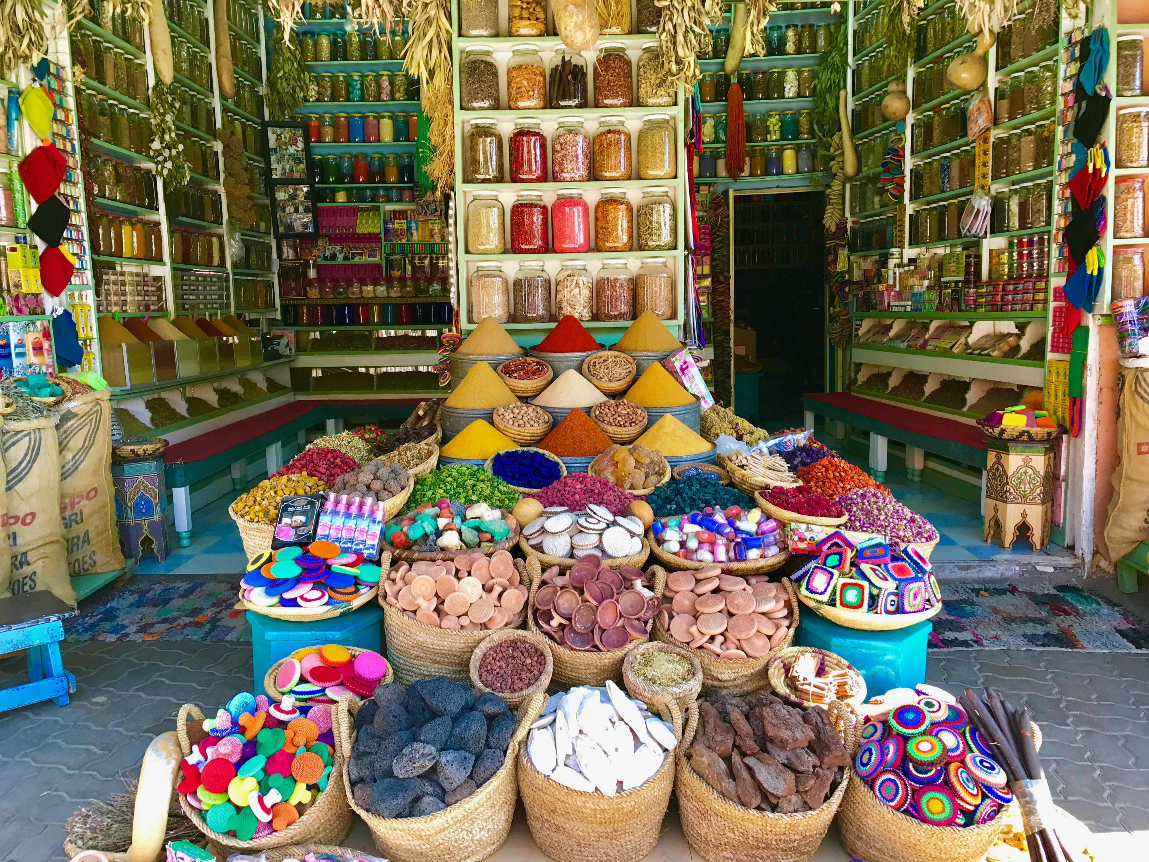 spice_souk_marrakech_morocco_lustforthesublime