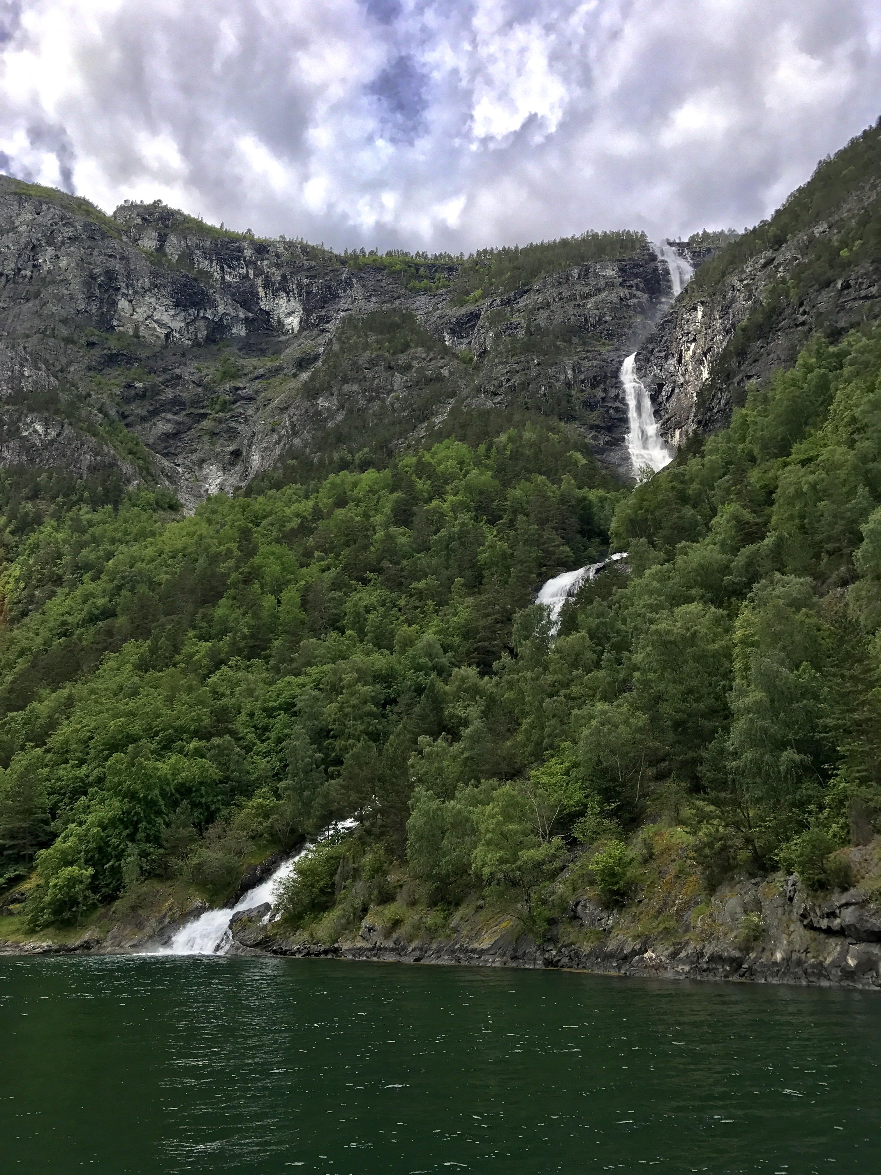 waterfall_norway_fjords_lustforthesublime