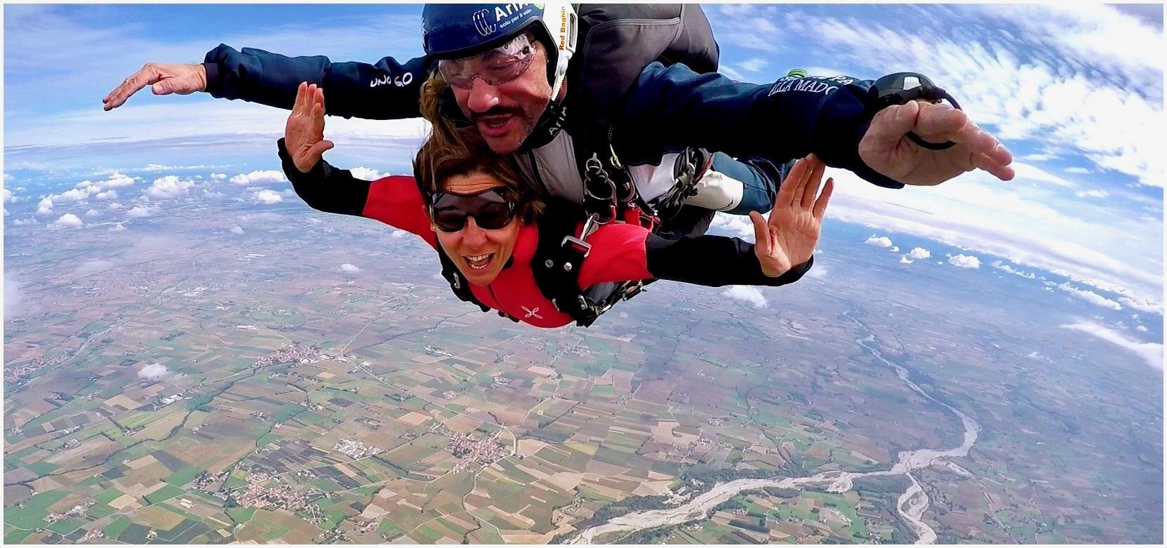 mymum_skydiving_lustforthesublime