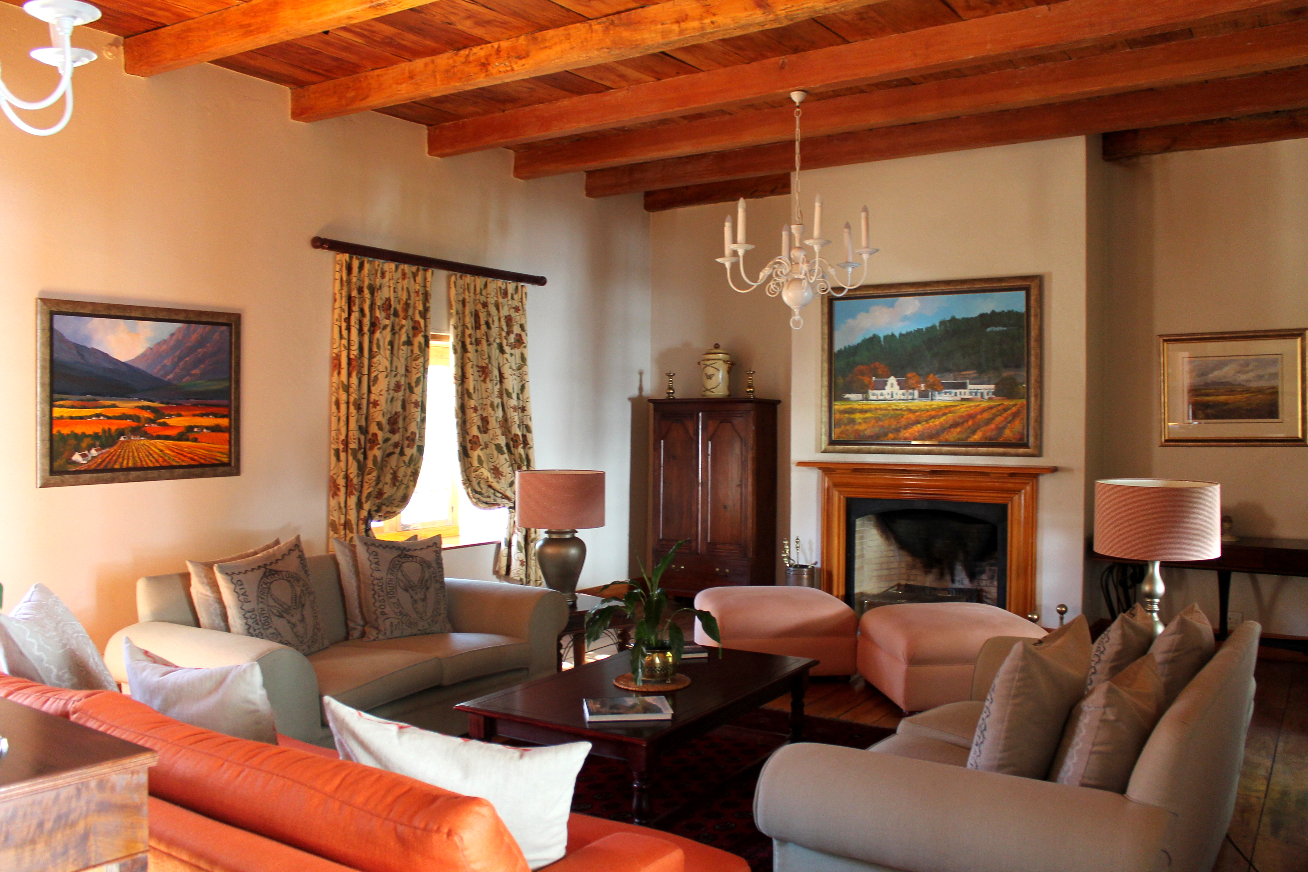interior-rickety-bridge-winery-southasfrica-lustforthesblime
