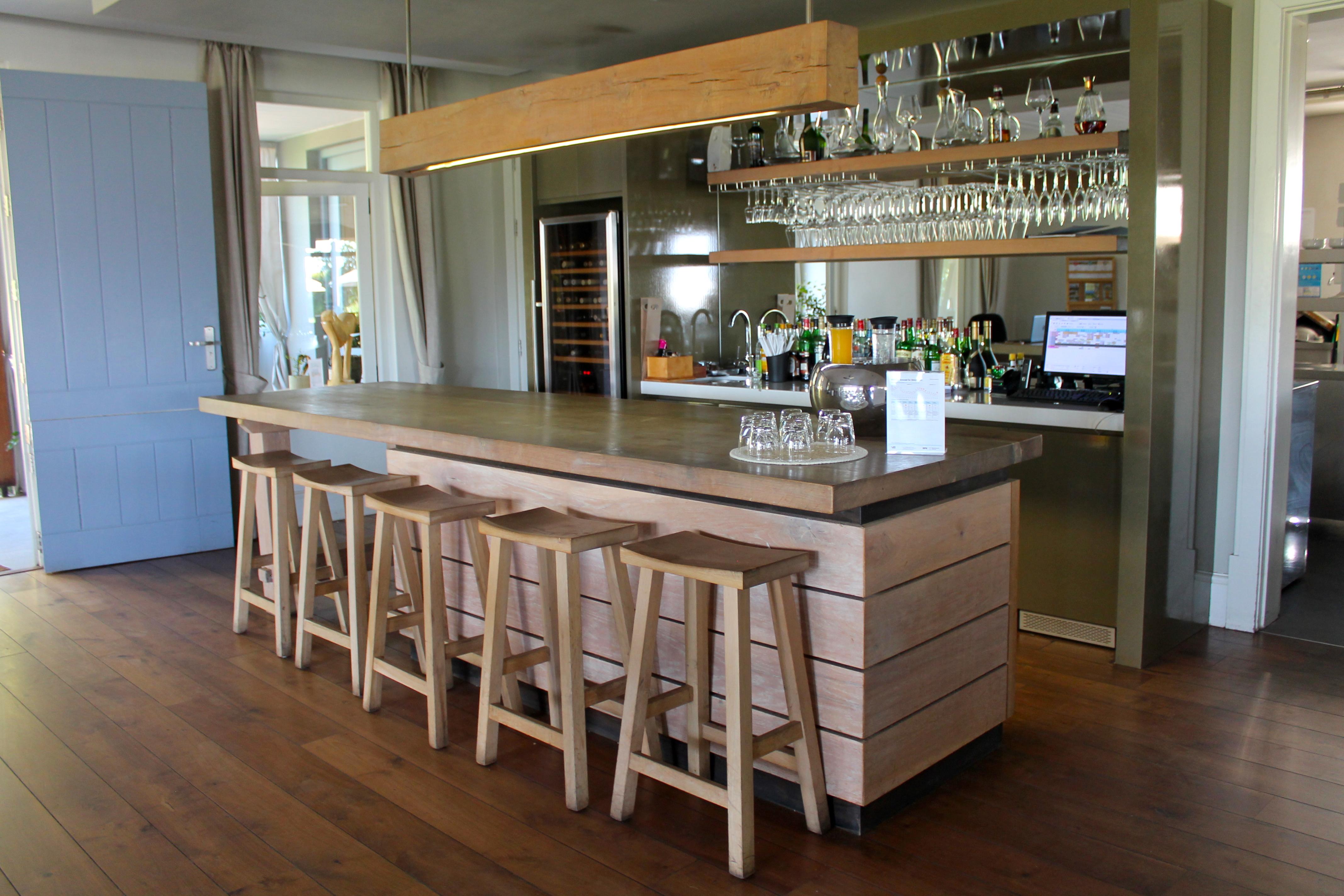 angala-boutique-hotel-bar-lustforthesublime