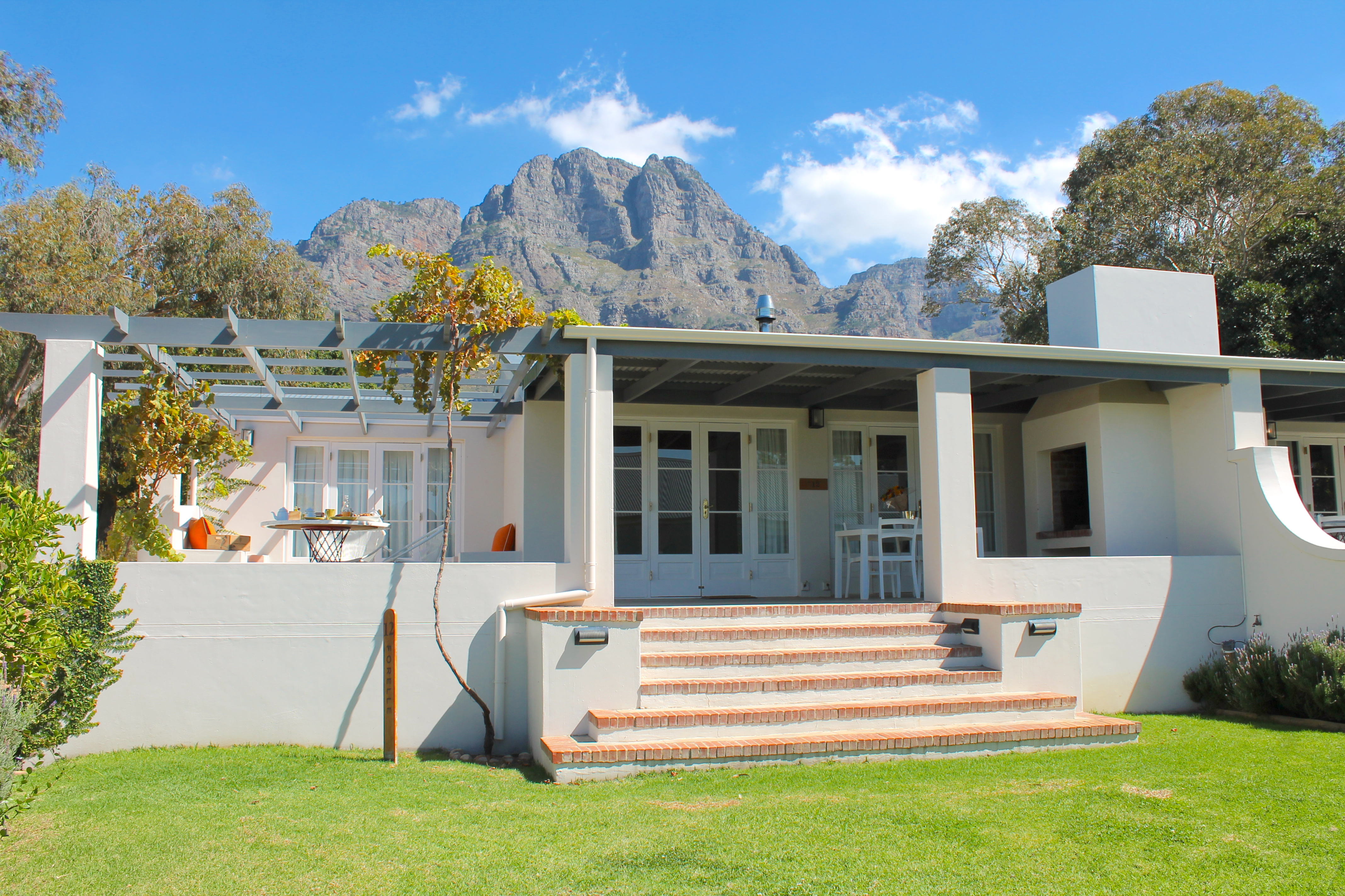 orchard-cottage-boschendal-southafrica-lustforthesublime