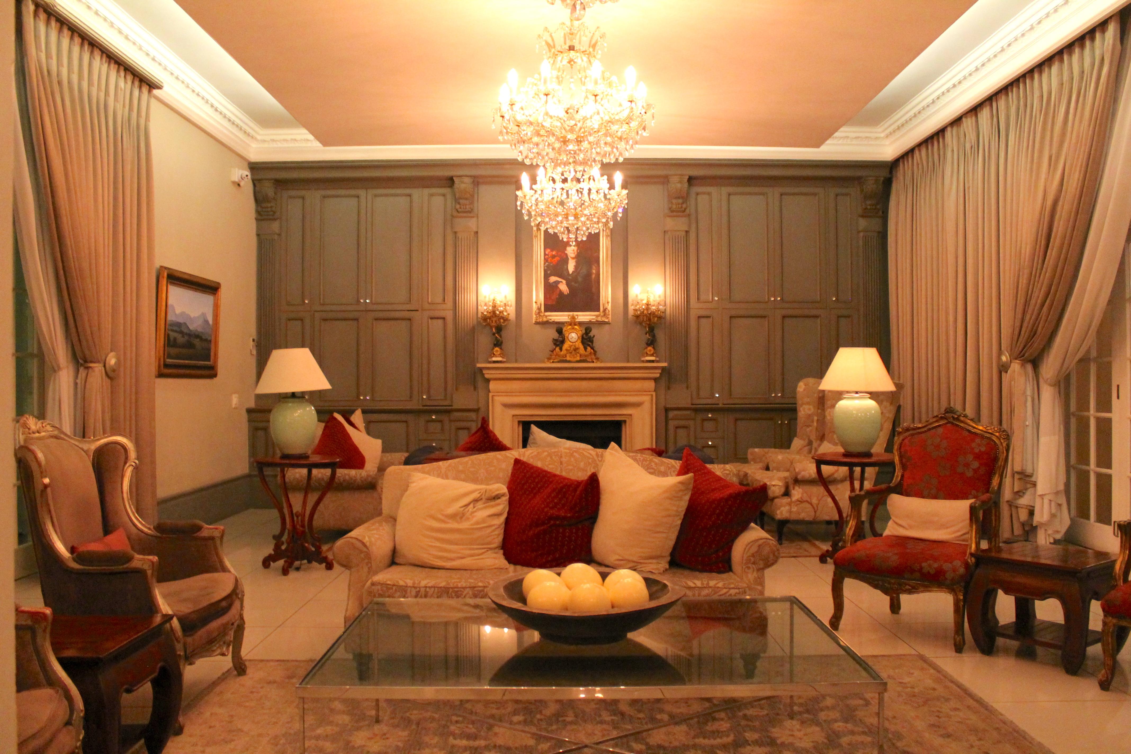 munro-hotel-livingroom-lustforthesublime