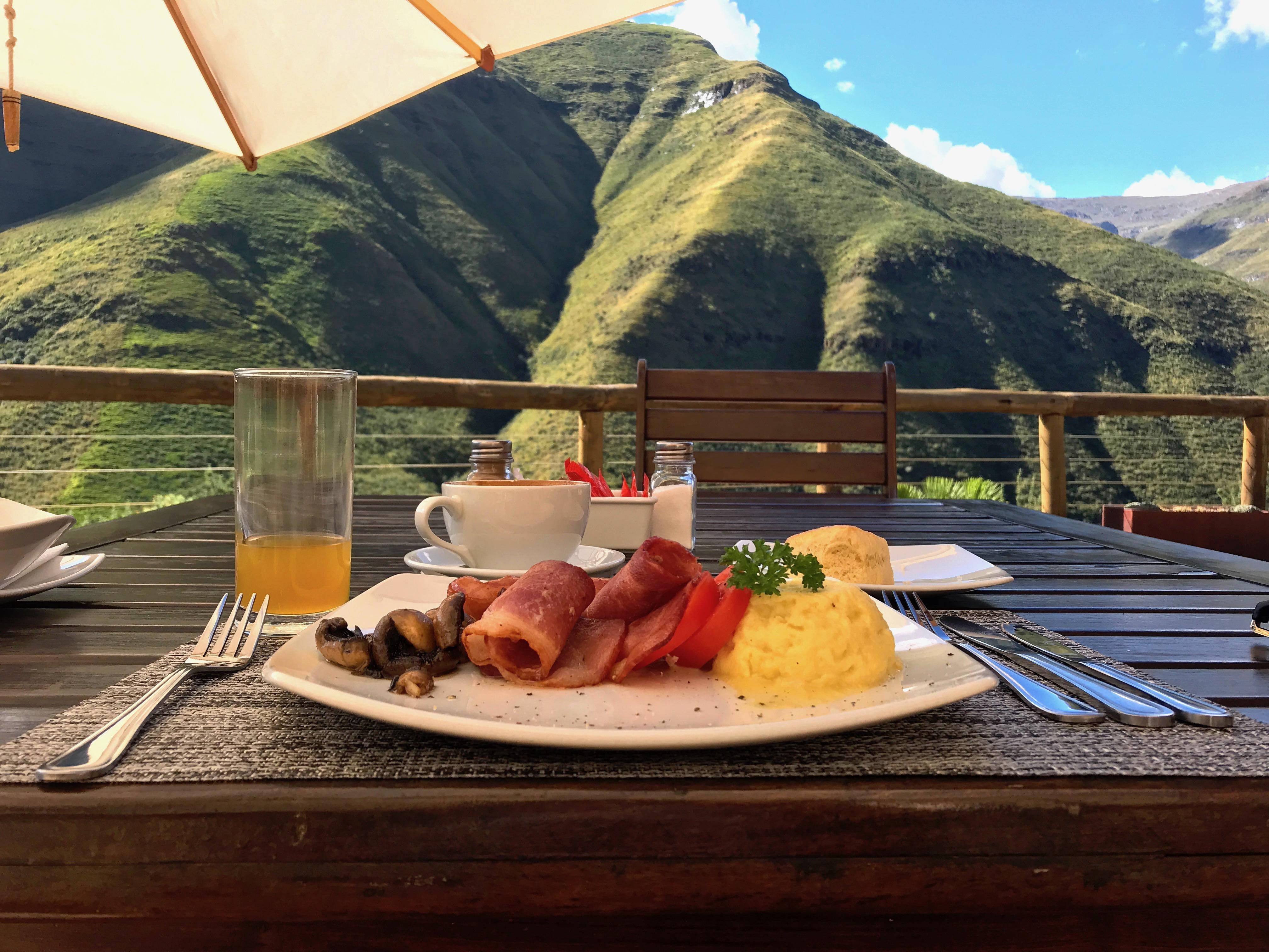 breakfast-maliba-lodge-lesotho-lustforthesublime