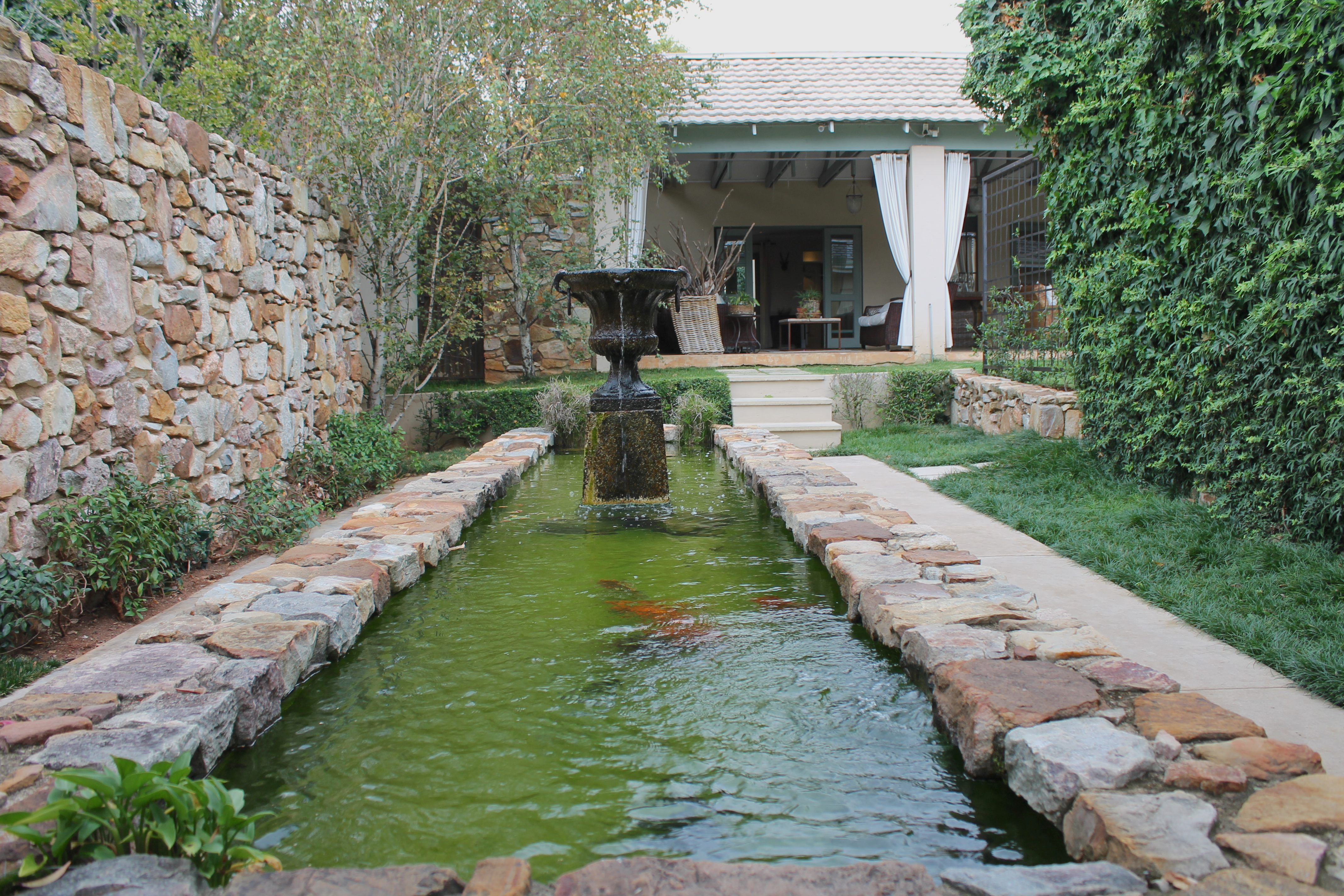 fountain-parkwood-hotel-johannesburg-lustforthesublime