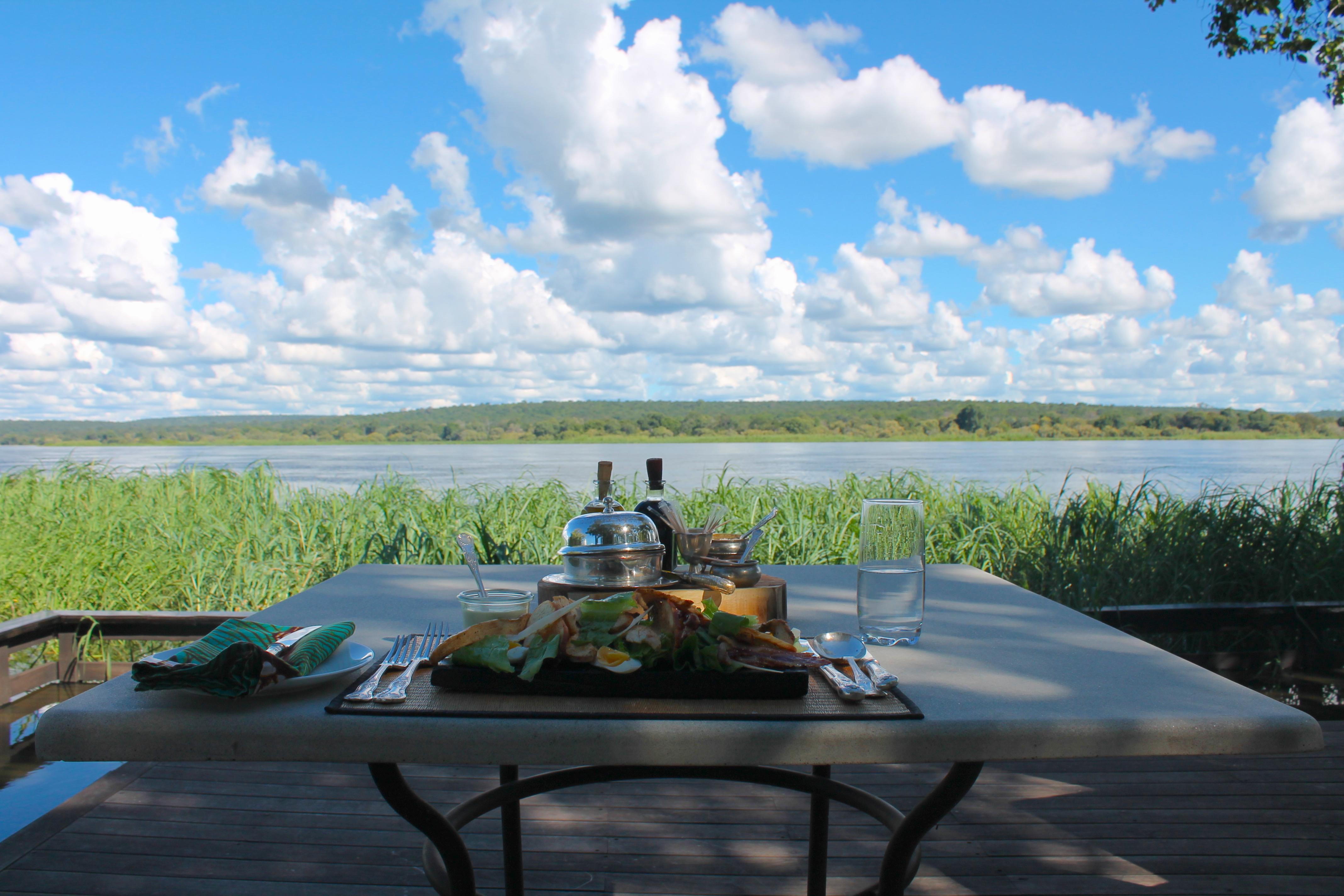 lunch-riverlodge-royalchundu-lustforthesublime
