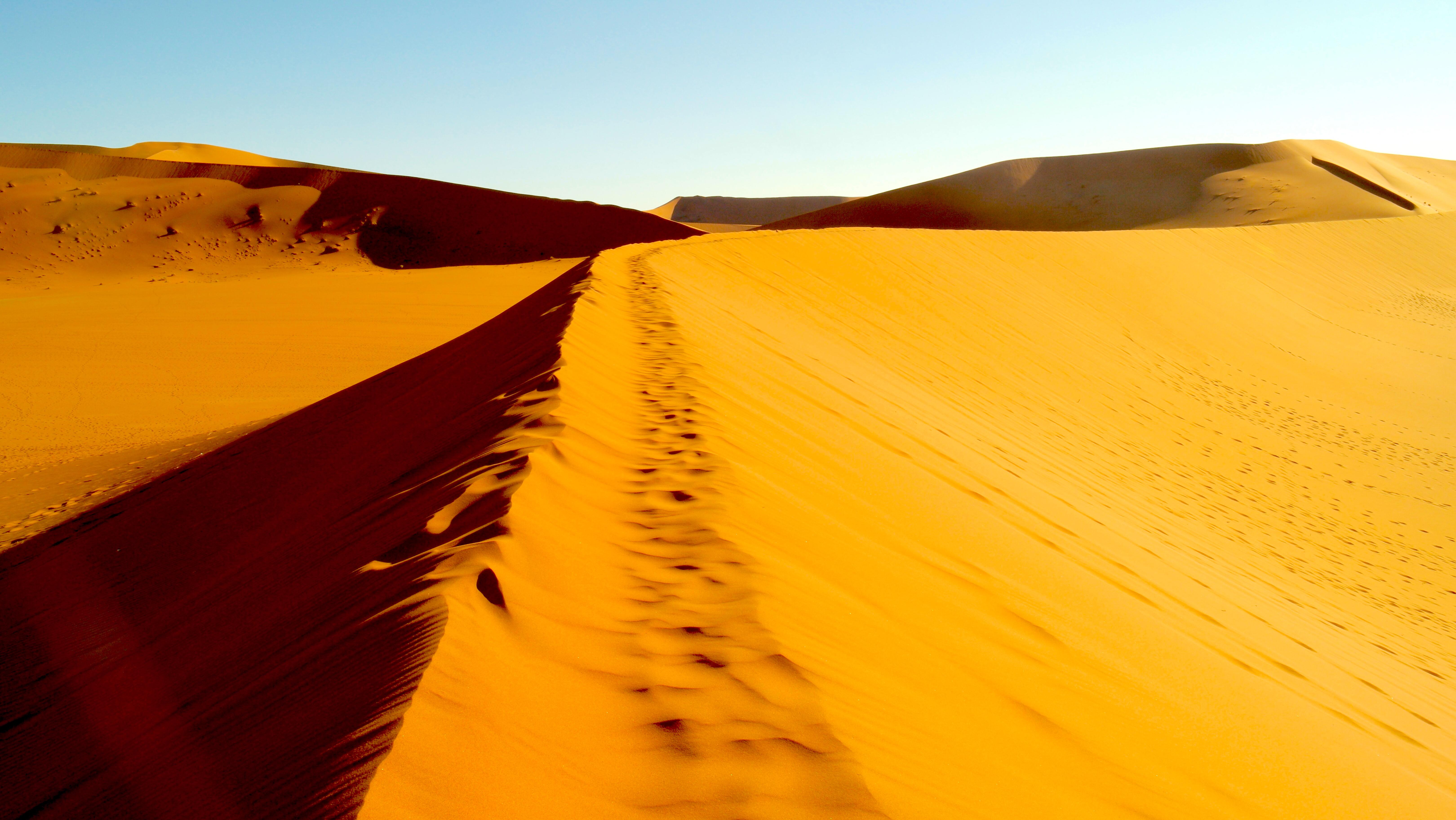 namib-desert-dunes-deadvlei-lustforthesublime