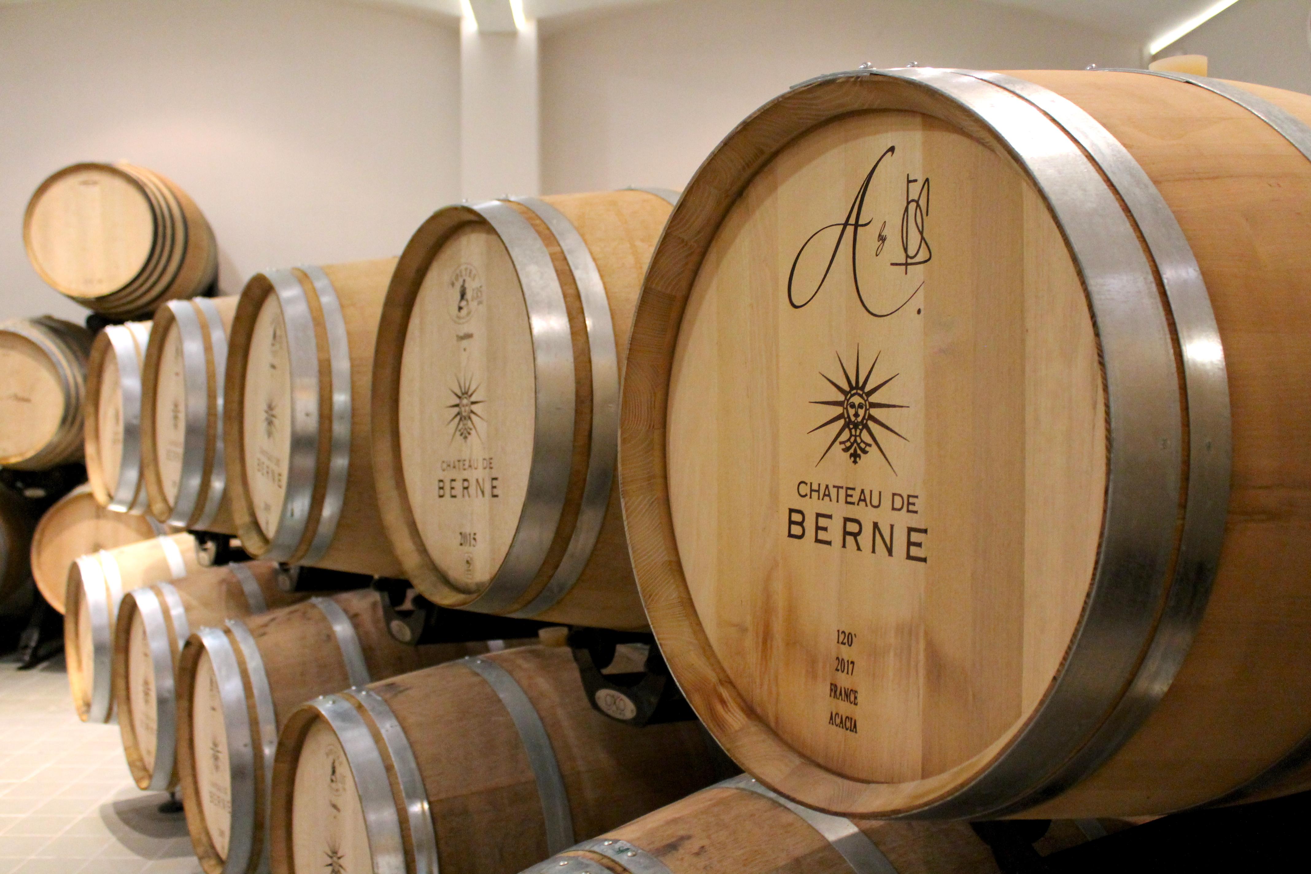 chateaudeberne-wine-cellar-lustforthesublime