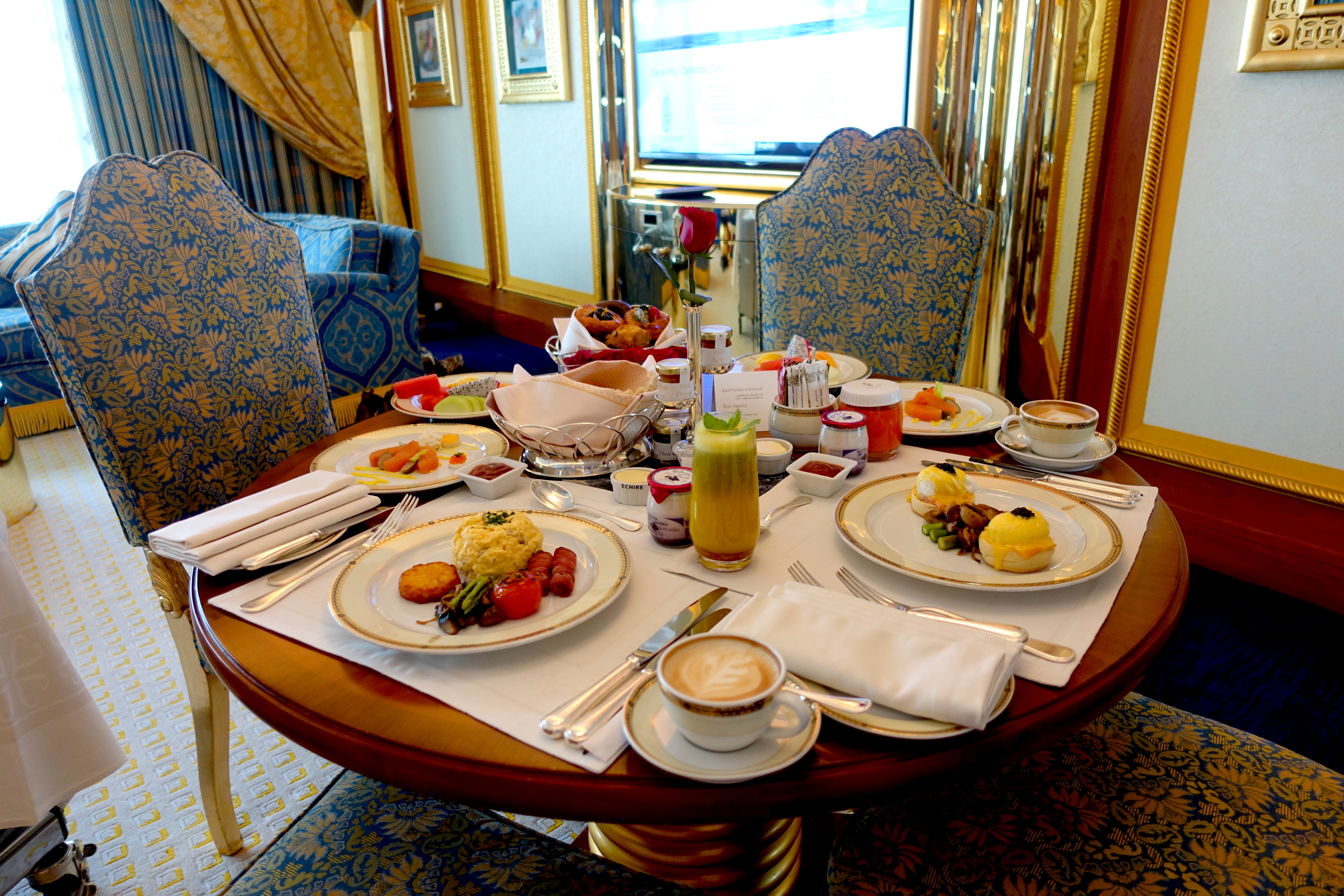 burj-al-arab-breakfast-lustforthesublime