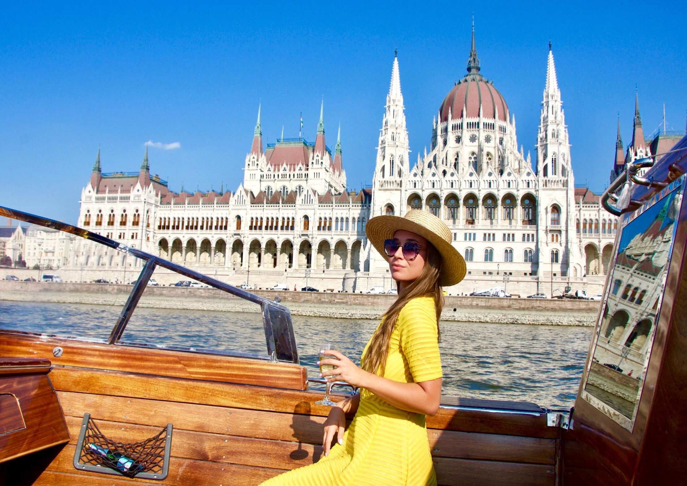 dunarama-boat-cruise-budapest-lustforthesublime