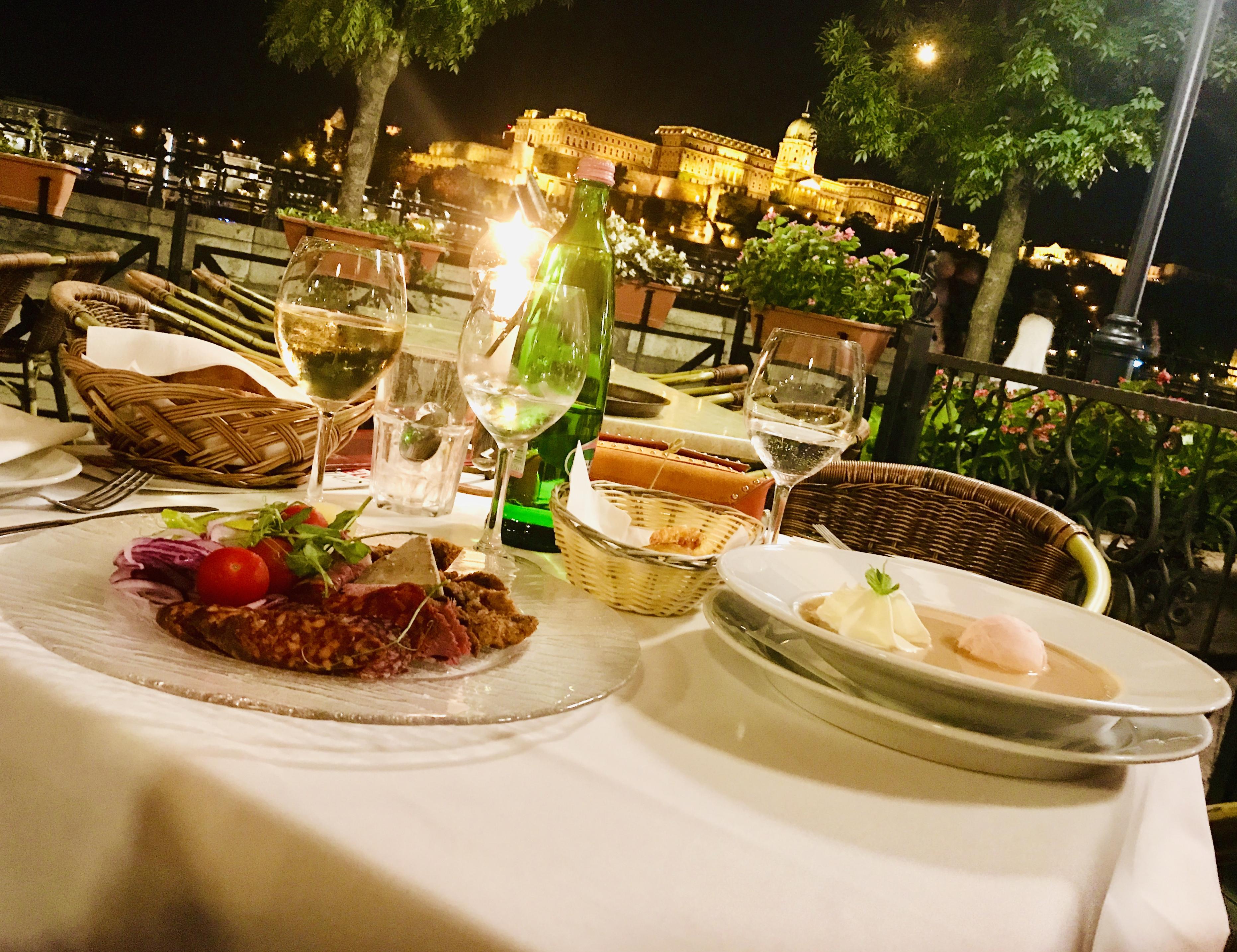 dunacorso-budapest-restaurant-lustforthesublime