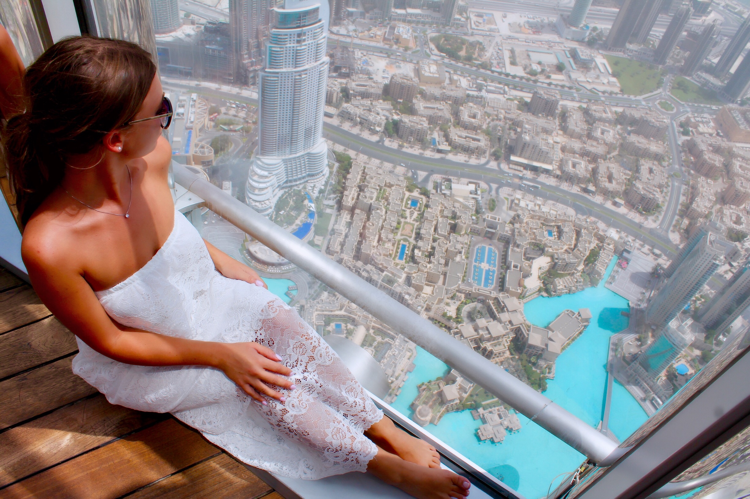at-the-top-burj-khalifa-dubai-lustforthesublime