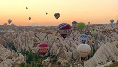carus-hotel-cappadocia-balloons-lustforthesublime